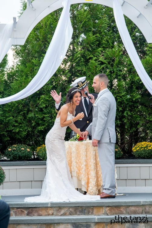 poughkeepsie-grand-hotel-wedding-laughter